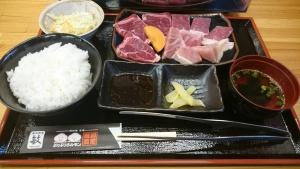 炭火焼肉 敏 広店