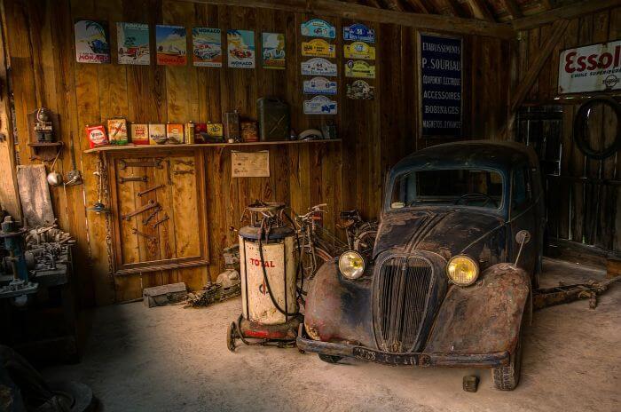 車を守ってくれるカーポートのメリットと、気になる固定資産税について
